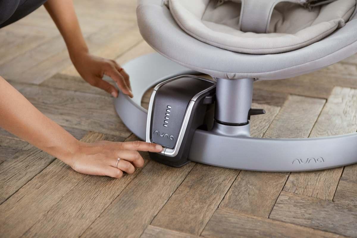 Motor wind para la Silla Mecedora para bebé Nuna Leaf Curv de 0 hasta 60 kilos. Unica y genial, te ayuda todos los dias a relajar tu bebé y que pueda encontrar su sueño.